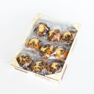 Estuche magdalenas caseras con pepitas de chocolate
